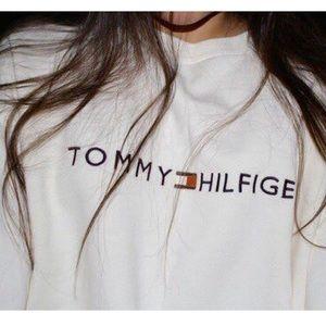 Tommy Hilfiger Grey Crew Neck Sweatshirt💋